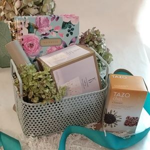 The Teal Gift Kit